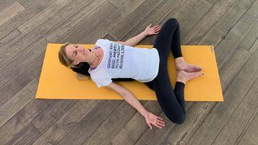 YOGAMOUR 98 Yin Yoga 8