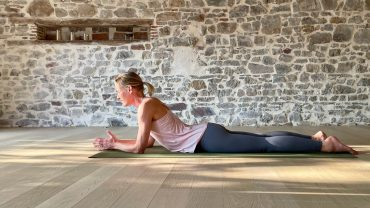 YOGAMOUR 133: Yin Yoga 13
